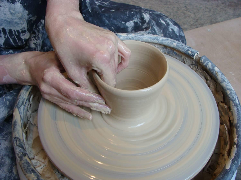 Как сделать горшок из глины своими руками без гончарного круга
